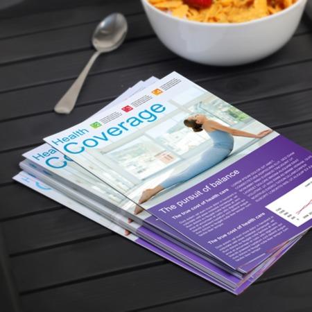 custom bi fold brochure printing half fold brochures uprinting